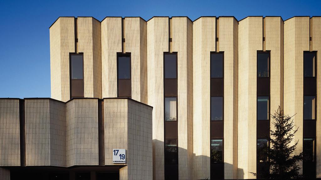 03-06---facade