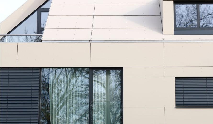Фасада и покрив с плоскости Pictura
