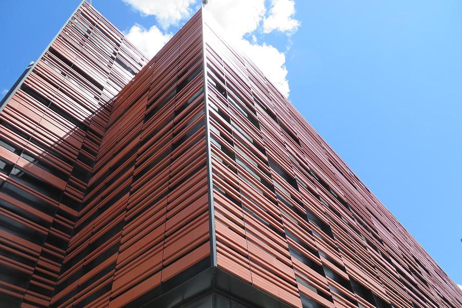 Fasada s bageti Data_Centre_03